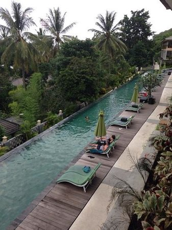 Kebun Villas & Resort : view over pool from our room