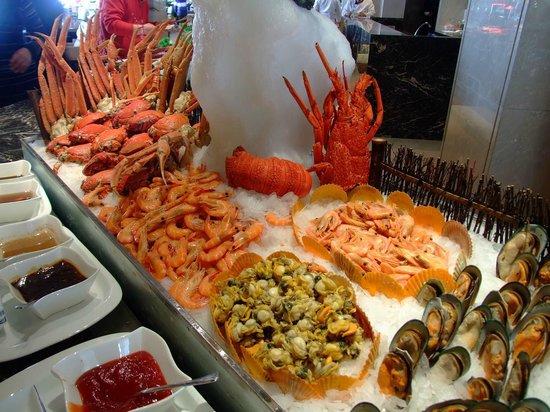 Seaview Garden Hotel: western food