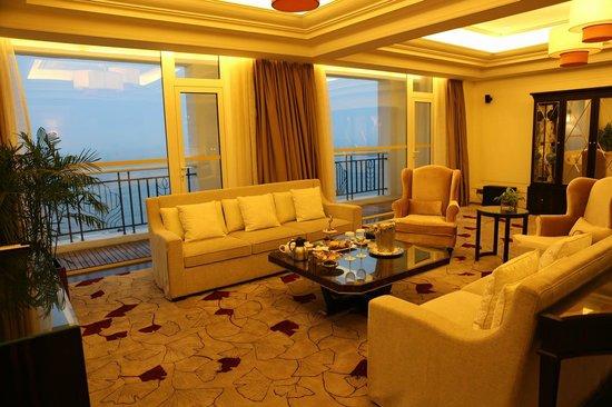 Seaview Garden Hotel: guest room