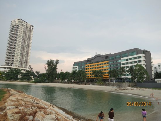 Four Points by Sheraton Penang: Beach Front