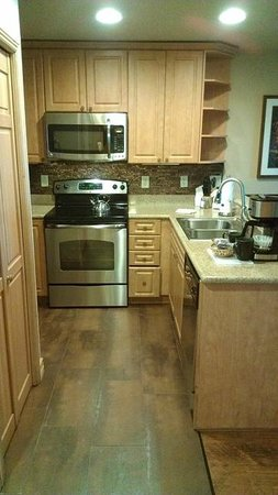 Westgate Park City Resort & Spa: Kitchen in large one bedroom