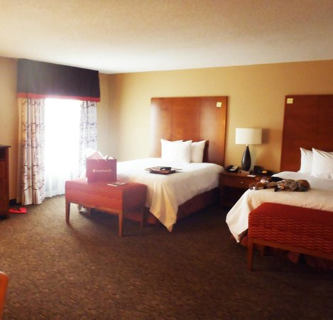 Hampton Inn & Suites Columbus-Easton Area: The American Girl package was waiting for us when we opened the door