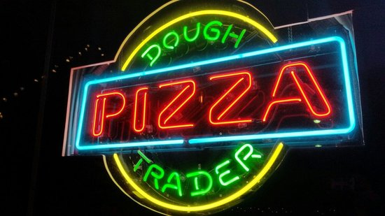 Dough Trader Pizza Company: sign