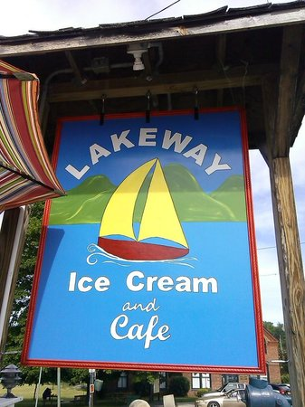 Lakeway Ice Cream & Cafe