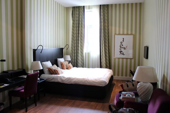 Sandton Grand Hotel Reylof: Room with King-sized bed