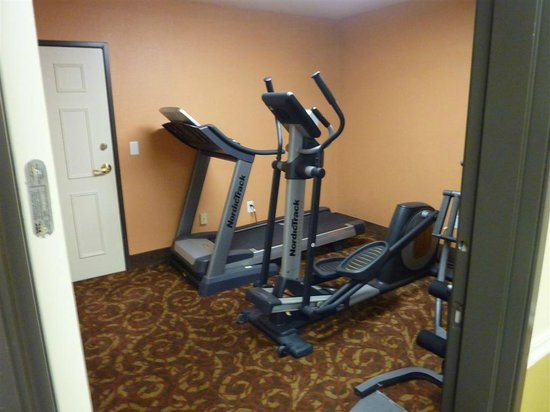 La Quinta Inn Salt Lake City West: Exercise Room (extremely small)