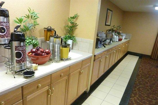 La Quinta Inn Salt Lake City West: Breakfast room