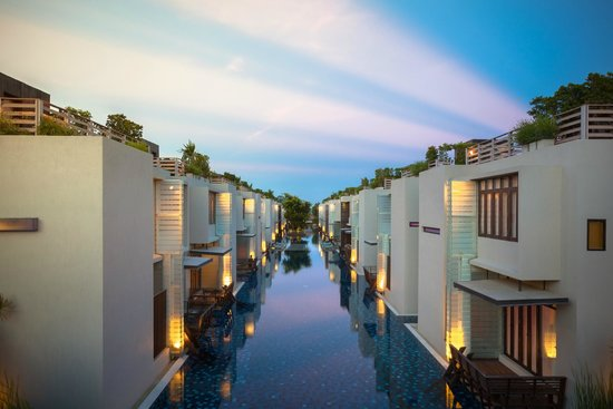 Let's Sea Hua Hin Al Fresco Resort: Exterior Twillight