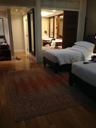 The Danna Langkawi, Malaysia : twins bed room