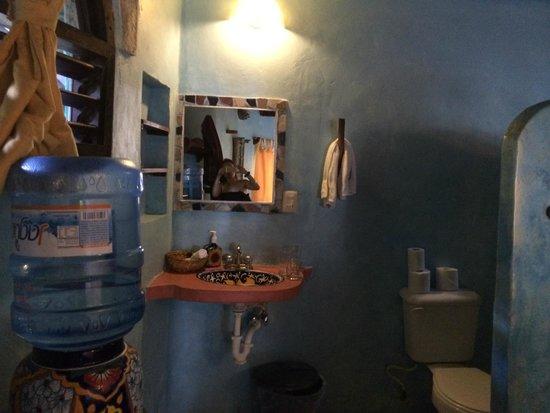 Cabanas La Luna: casablanca sink