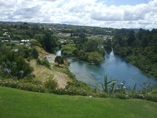 Riverview B & B Taupo: View from Back of House