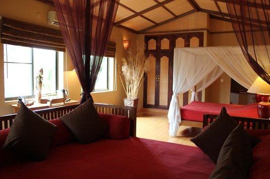 The Villa Paradiso : Balinese Garden Suite