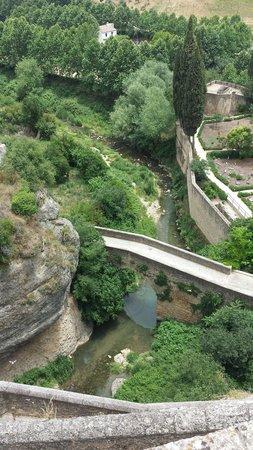 El Tajo de Ronda: Ausblick von der alten Brücke