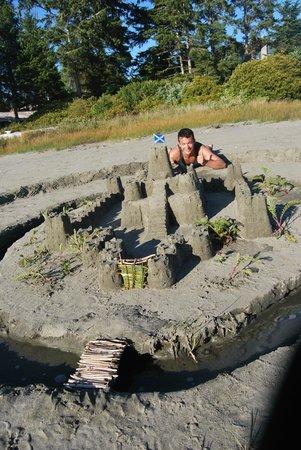 MacKenzie Beach Resort: Sand Castle