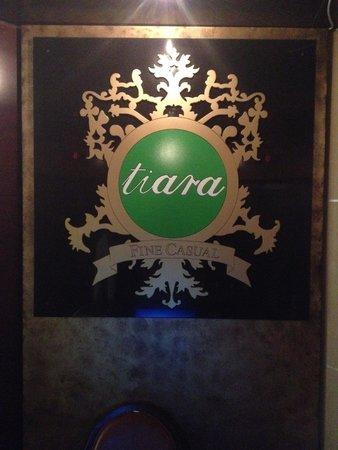 Tiara: entrance