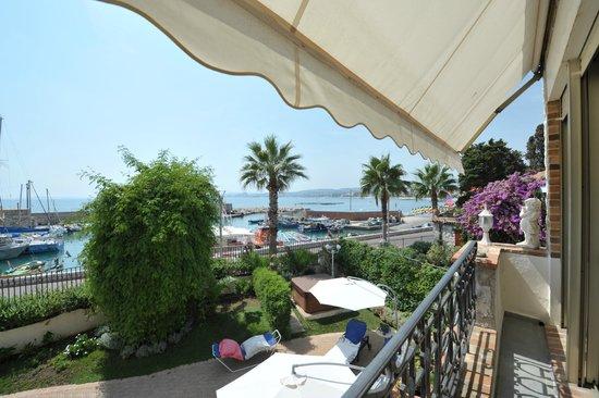 La Locandiera: Fransk balkong och en underbar utsikt från Suite Pietra