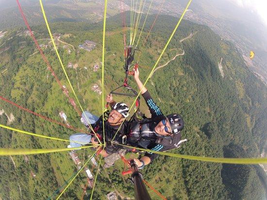 Sunrise Paragliding: I was bird for 30 mins