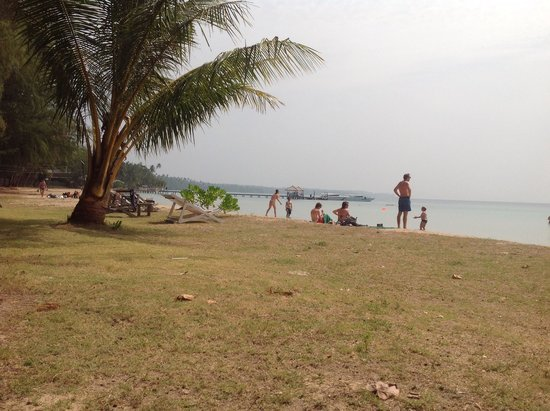 Kham Nature Resort Koh Mak: Beach