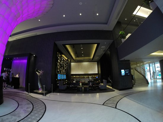 Rendezvous Hotel Singapore by Far East Hospitality: Lobby