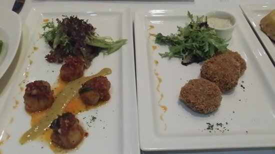 Pampas Reserve Grill & Bar : Hokkaido Scallops and Crab Cakes
