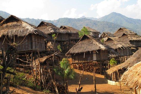 Hill Tribe Village : Pan Pack village of Lahu Shi