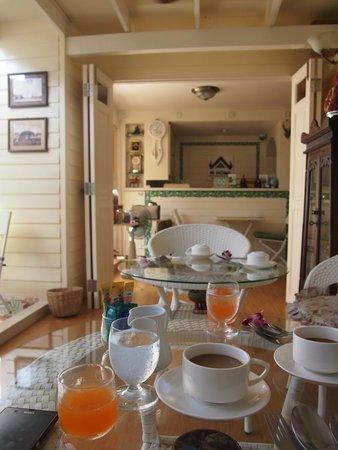 W Home Bangkok : 早餐