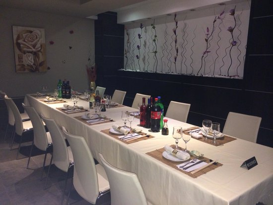 The Flora - Asian Fusion Restaurant: Great place to eat in