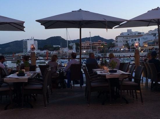 Osteria Del Porto: terrasse romantique