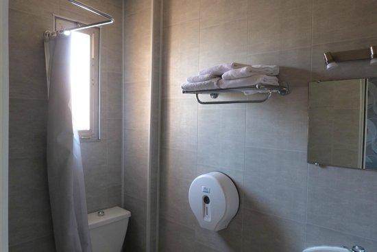 Hotel Kennedy: Salle de bains