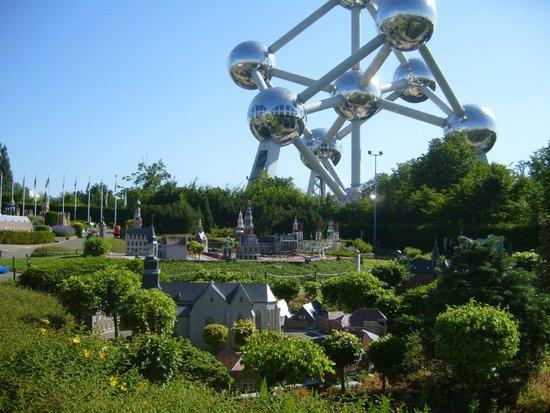 Mini-Europe: bello, ma senza indicazioni