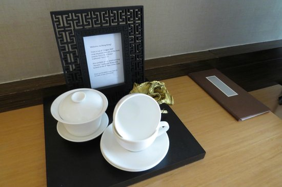 Renaissance Hong Kong Harbour View Hotel: Complementary Tea in Room