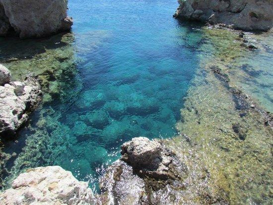 Amoopi Beach : acqua stupenda