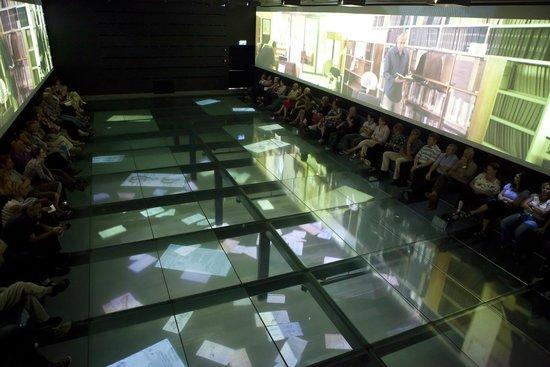 The Levinson Visitors Center : Multi-media presentation in the main hall