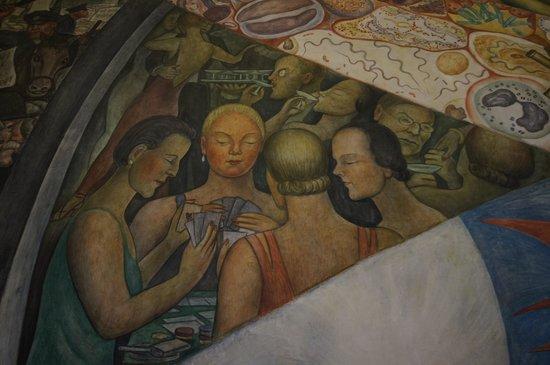 Palacio de Bellas Artes: el hombre en el cruze de camino