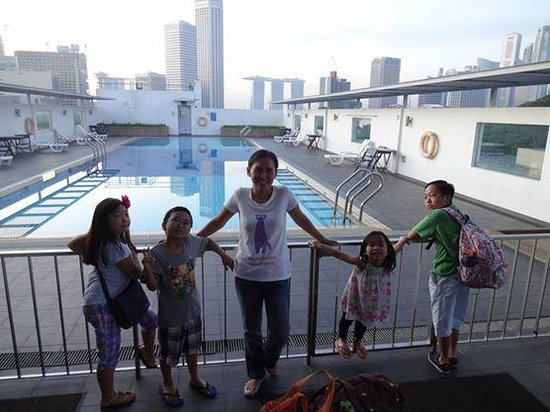 YMCA One Orchard: Rooftop Swimming Pool Area