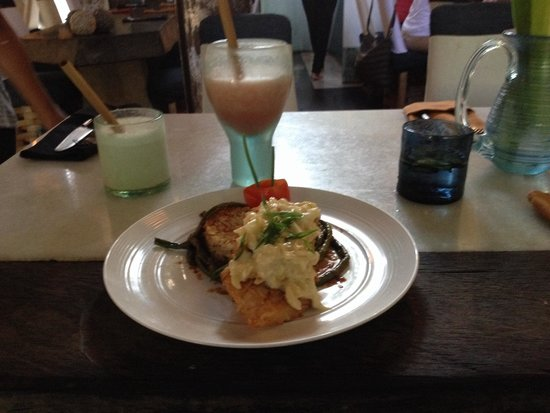 Clear Cafe: Coconut crusted snapper!