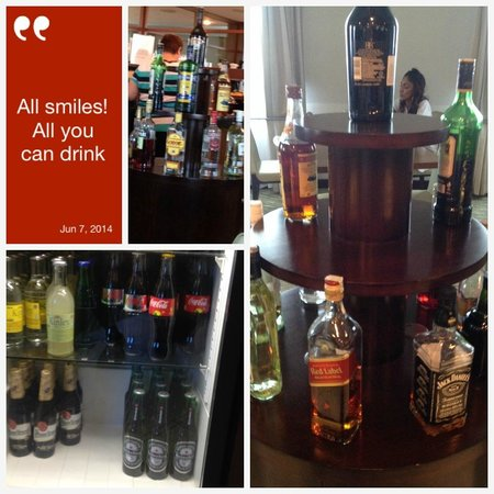 Hilton Prague Old Town : Executive lounge Cocktail hour