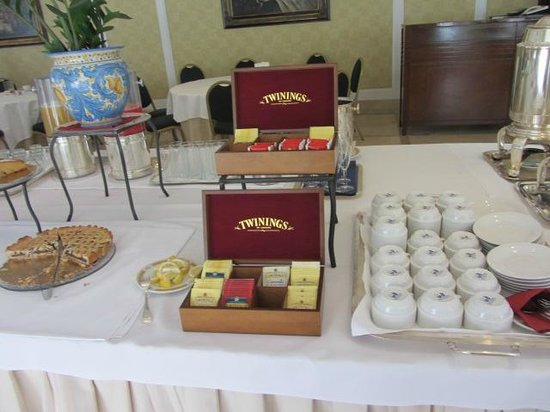 Mercure Catania Excelsior: CHEAP TEAS