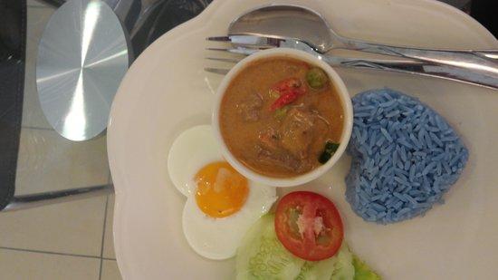 Lasa Sheep Cafe House: Amazing lamb coconut curry