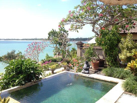 Four Seasons Resort Bali at Jimbaran Bay : the view from our villa