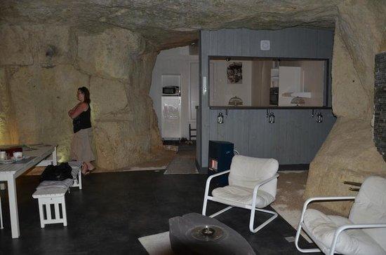 Les Troglos de Beaulieu : Salle petits déj'