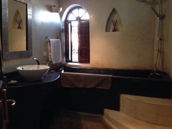 riad el grably : salle de bain