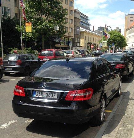 Prague Airport Transfers: Mercedes E Class Special OFFER