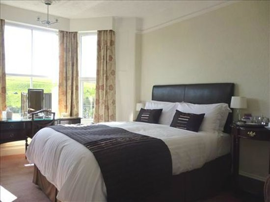 Elmswood House: A King Size En Suite Room