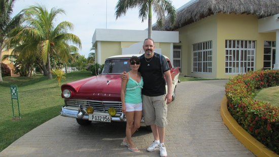 Paradisus Varadero Resort & Spa: Old American car