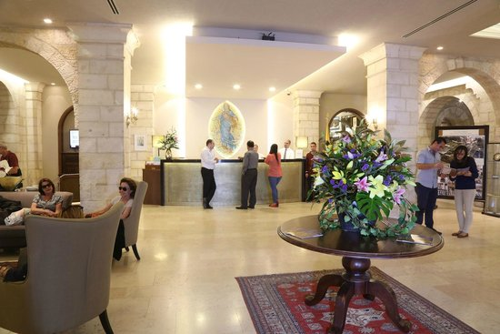 Notre Dame Guest House: Lobby