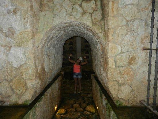 Xcaret Eco Theme Park: cementerio