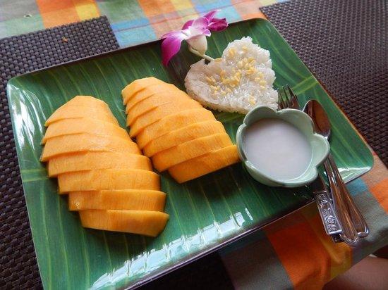 Baanthai Seafood Restaurant: Dessert - Mango with sticky rice