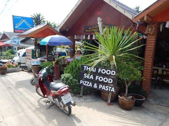 Baanthai Seafood Restaurant Frontview