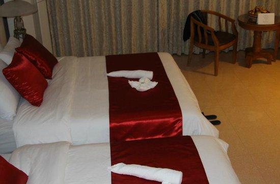 Palau Paradise Hotel: Bedroom